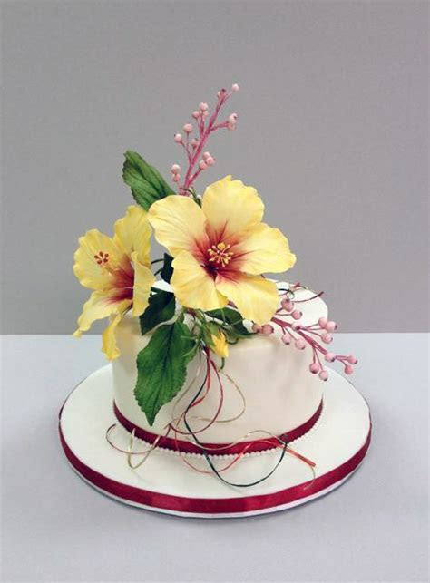 The Best Sugar Flower Wedding Cakes: Exquisite Floral