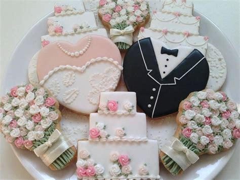 203 best Wedding cookies images on Pinterest   Decorated