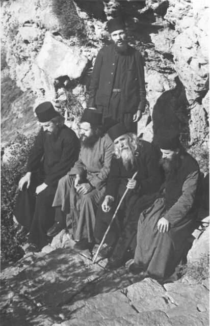 Pr. Cleopa in Muntele Athos via Vero Nica