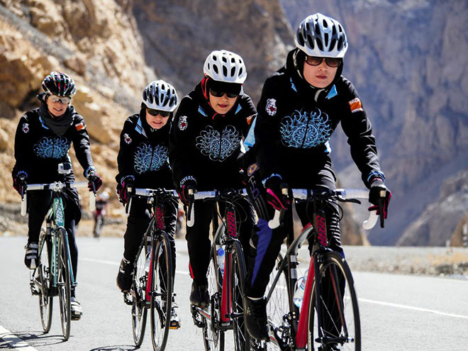 adventure journal afghan womens cycling team 03