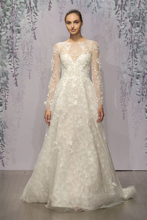Monique Lhuillier   Modern & Vintage Wedding: Gowns, Veils