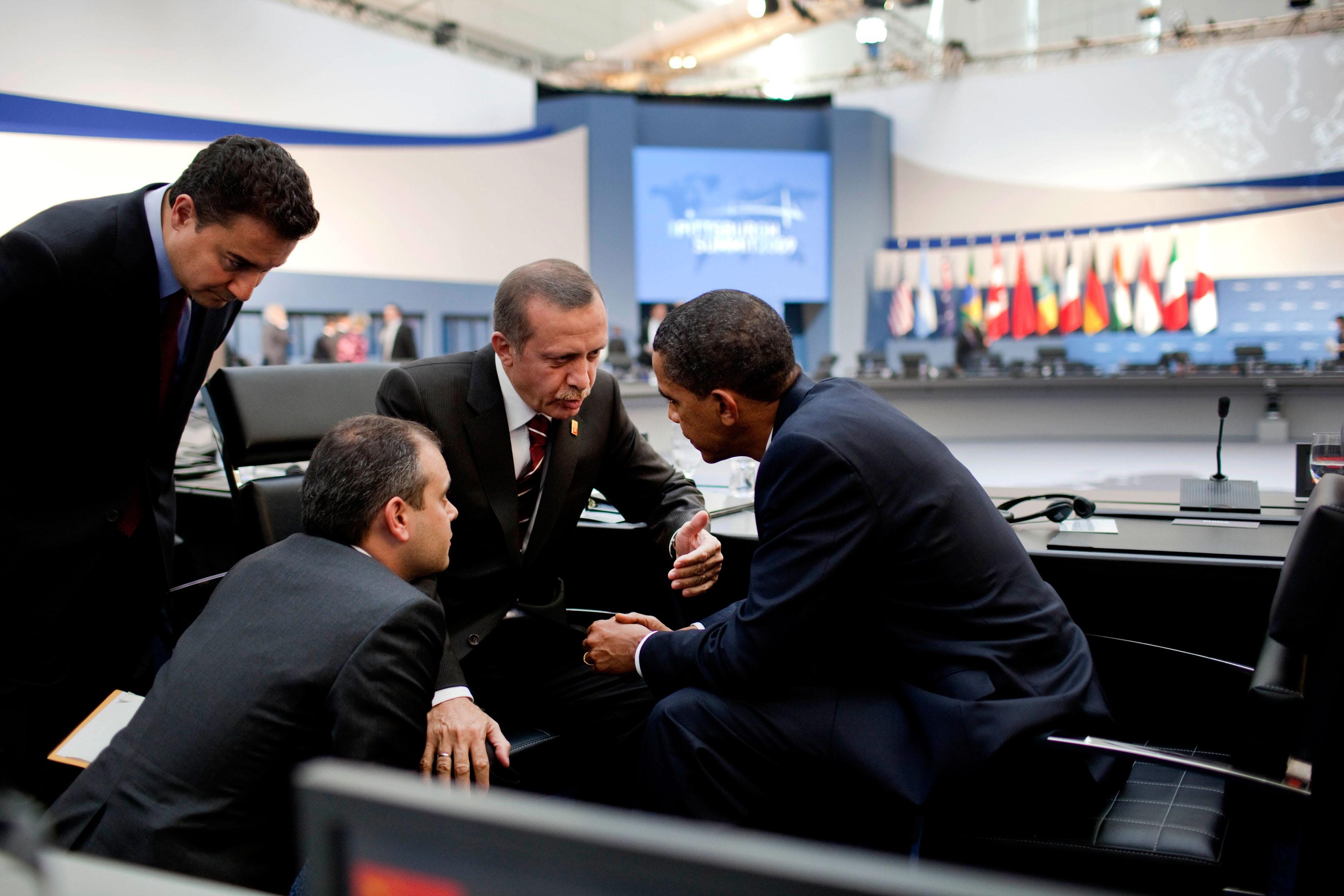 Στήνουν Σουνιτικό μπλοκ με κέντρο την Τουρκία