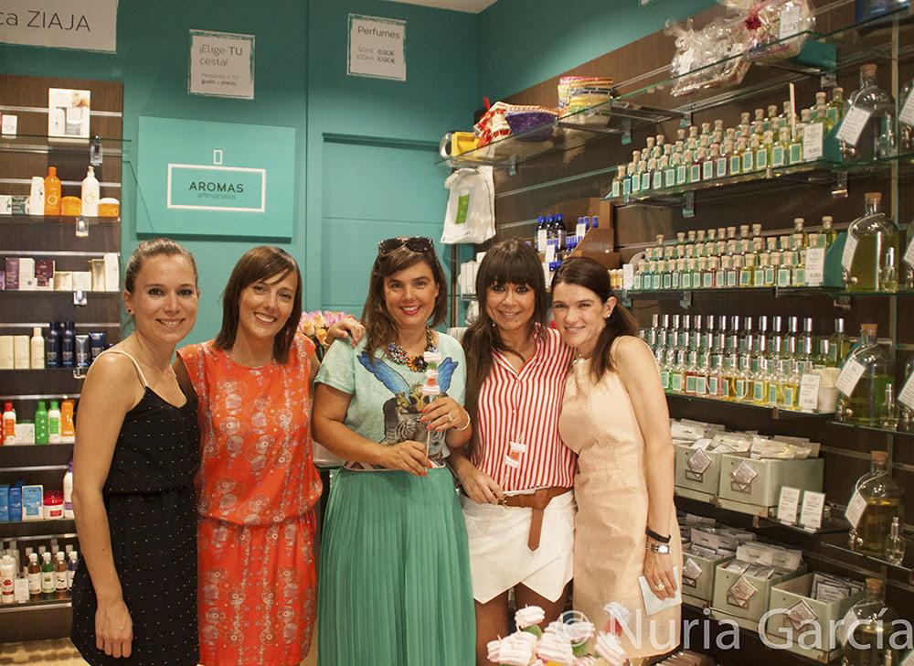De izquierda a derecha Eunate, Iratxe (Bilbao Pasarela), Vanessa (I love Melita), Eli (La huella de mis tacones) y Nuria (NuriLove)