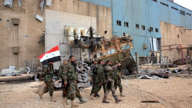 Syria conflict: Russia 'steps up air strikes' ahead of truce