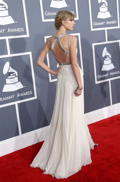 25  best ideas about Taylor Swift Gown on Pinterest