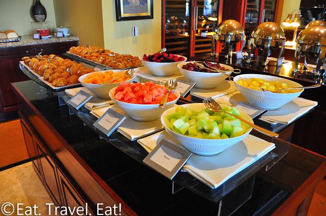 St Regis Monarch Beach- Dana Point, CA: Breakfast Buffet Setup