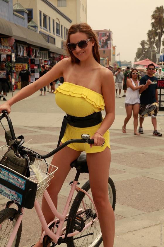 jordan_carver_bikegirls_boobs_big_tits_bicycle_sexy_ride 6.jpg