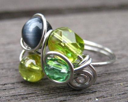 Fruity wire wrapped ring
