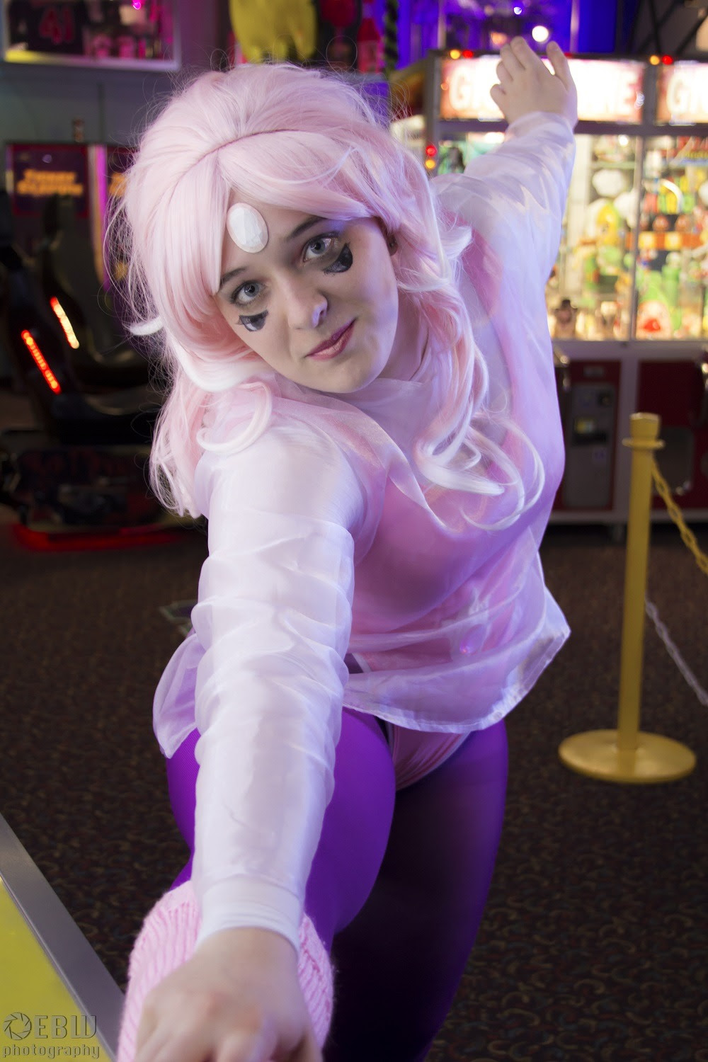 Rainbow Quartz from Steven Universe at Colossalcon 2016 Cosplayer: @schizo-queer Photographer: @ebwphotography