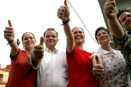 El exgobernador Andrés Granier y familia. Foto: Gilberto Villasana
