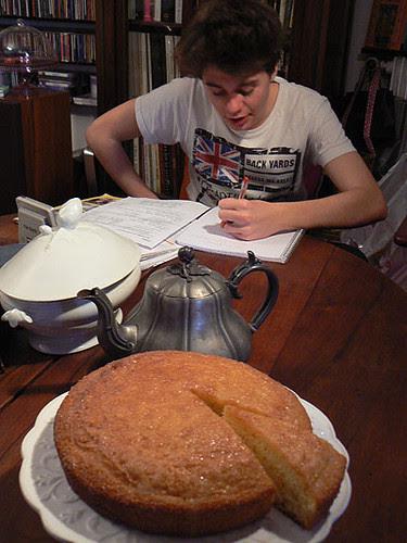 un gâteau pour le goûter.jpg