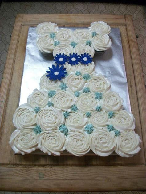 1000  images about Bridal shower cakes on Pinterest