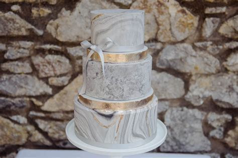 Cakes by Dawn   Boutique Wedding Cakes & Dessert Tables in
