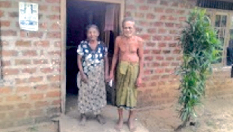 Grievance of an old couple abandoned by their son