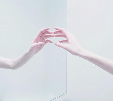 grunge, hand, indie, mirror, pale, soft grunge, tumblr