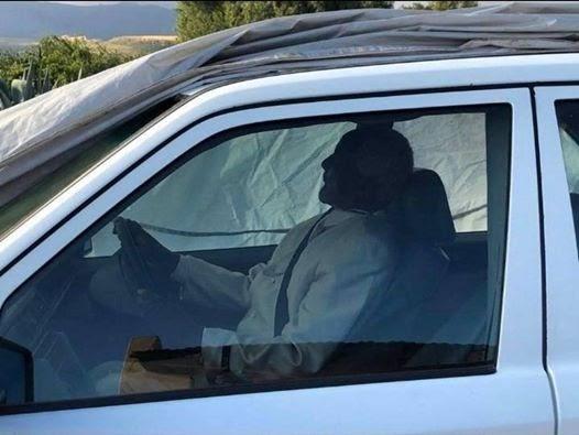 PHOTOS: Man Buried In His Favourite Mercedes Benz Car