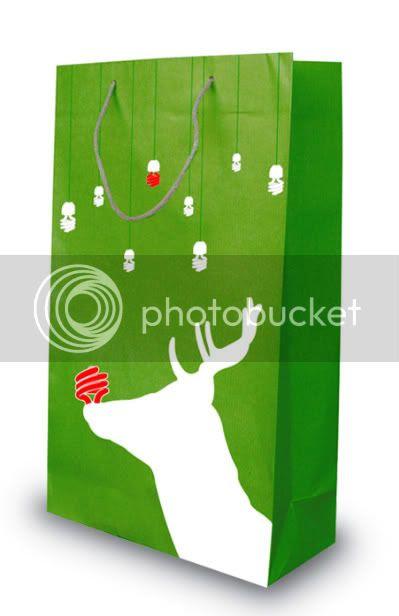 green earth- santa's readjustment by camila gimeno