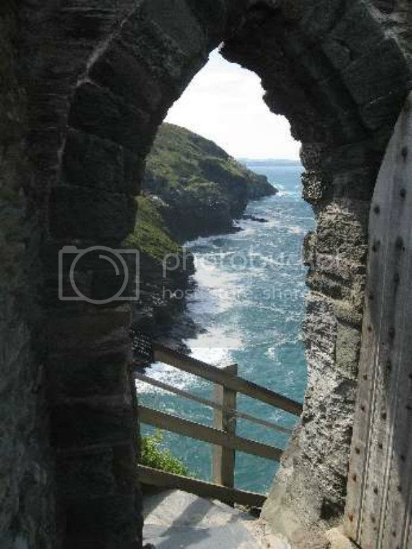 Tintagel_Doorway
