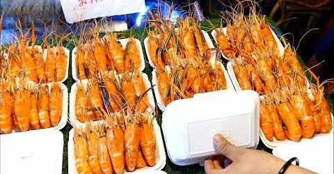 Đến chợ đêm Rod Fai Thái Lan nếu bạn muốn ăn đồ Thái ngon và rẻ
