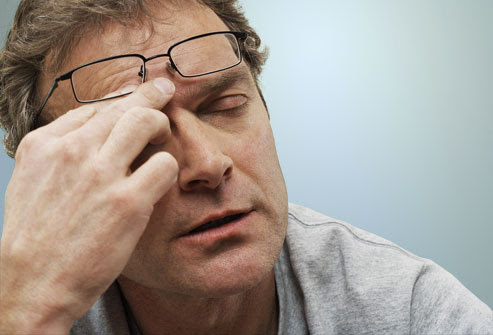 7 Explanations for Headache Between Your Eyes | New Health ...