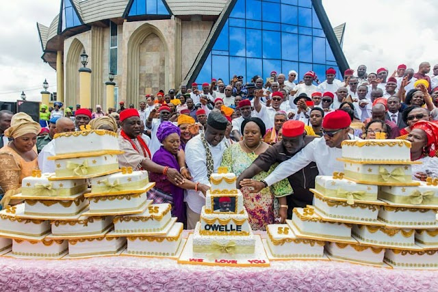 MADNESS OR LOVE? 27 women present 27 cakes to Governor Okorocha in anticipation of his birthday (photos)