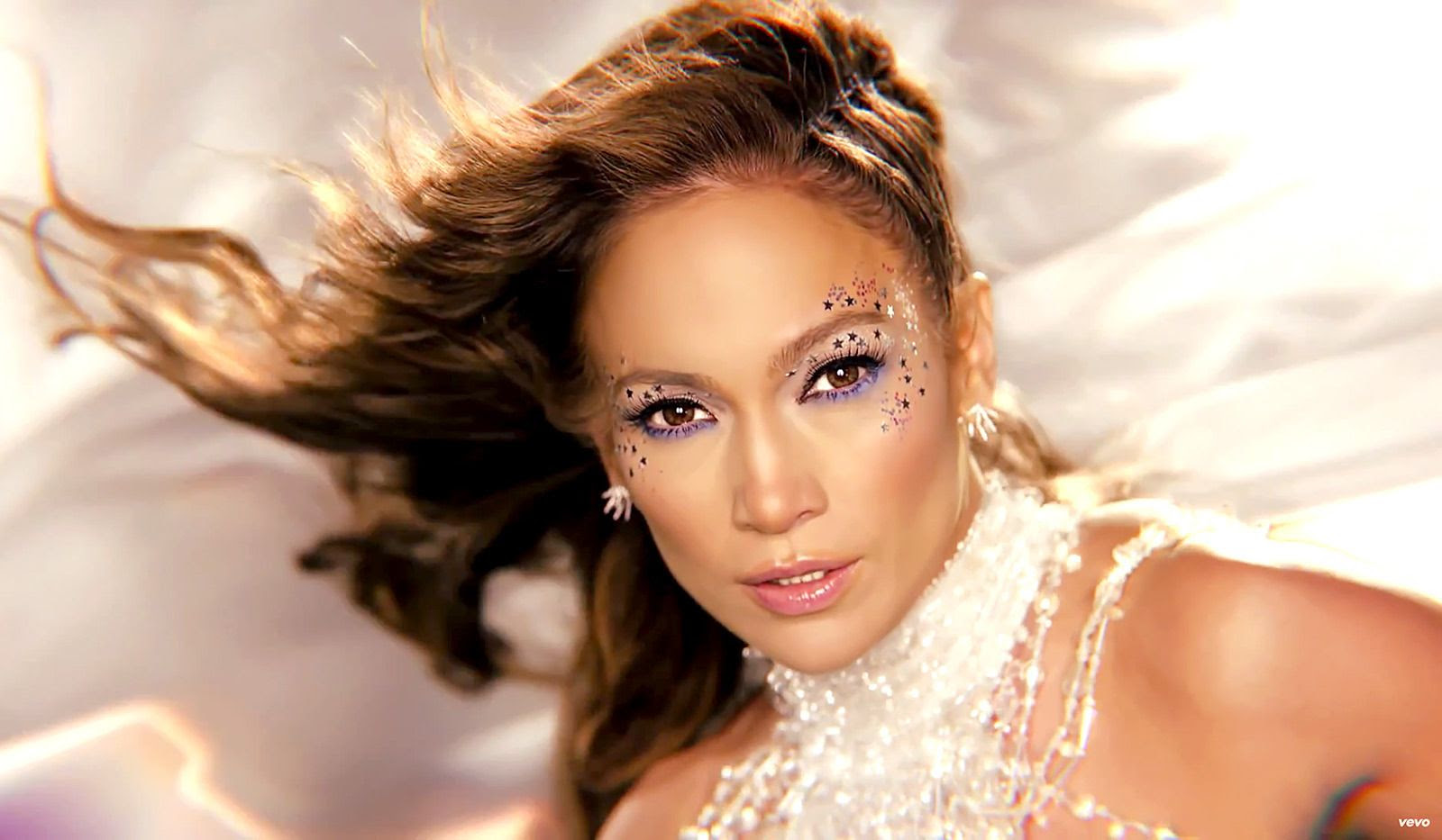 Jennifer Lopez : Feel the Light (Video) photo 1426883370_jennifer-lopez-feel-the-light-zoom.jpg