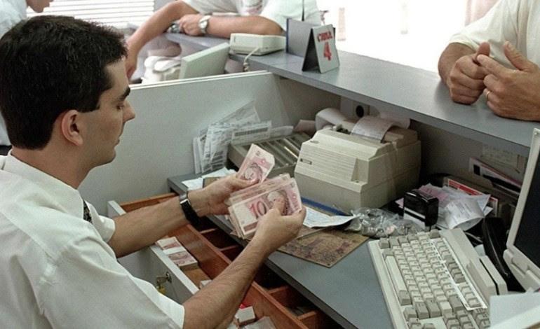 Resultado de imagem para bancários