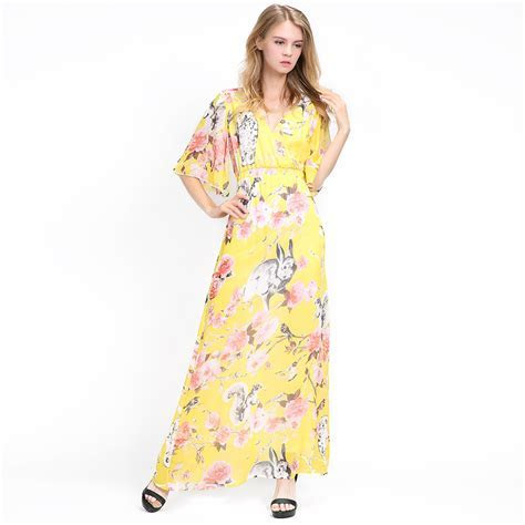 Women Plus Size Bell Sleeve V Neck Yellow Floral Animal