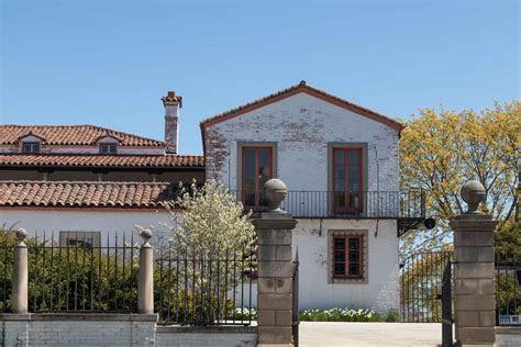 May at the Villa Terrace Decorative Arts Museum ? Rose