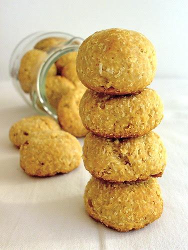 biscotti morbidi al cocco con yogurt e miele