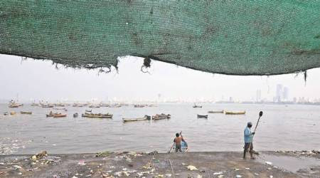 Cyclone Ockhi aftermath: Temperature remains low in Mumbai; warning for fisherfolks lifted, says IMDofficial