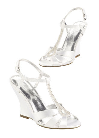 Anyone find a 3 Inch Wedge Shoe they Love wedding wedge shoes peep toe