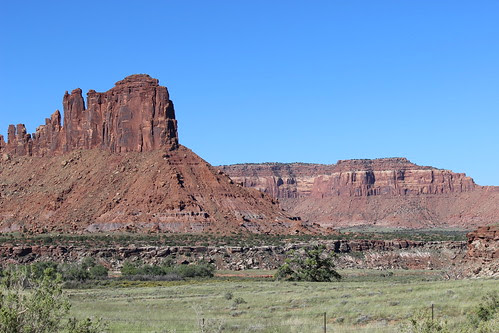 IMG_2644_The_Road_Into_Canyonlands
