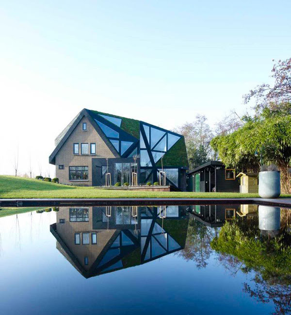 Amsterdam Skylight House Puts a New Twist on Tradition | Modern ...