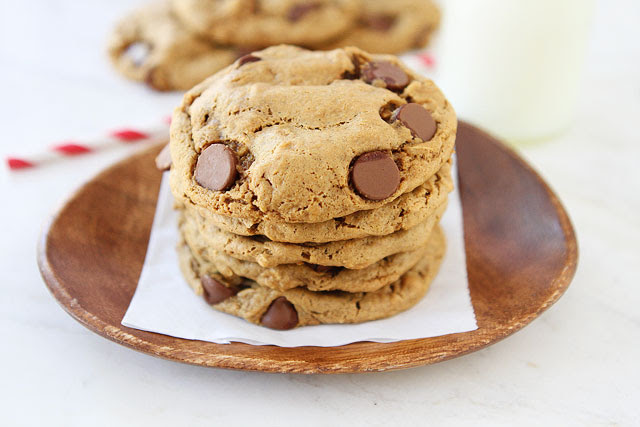 Flourless Peanut Butter Oatmeal Chocolate Chip Cookies ...