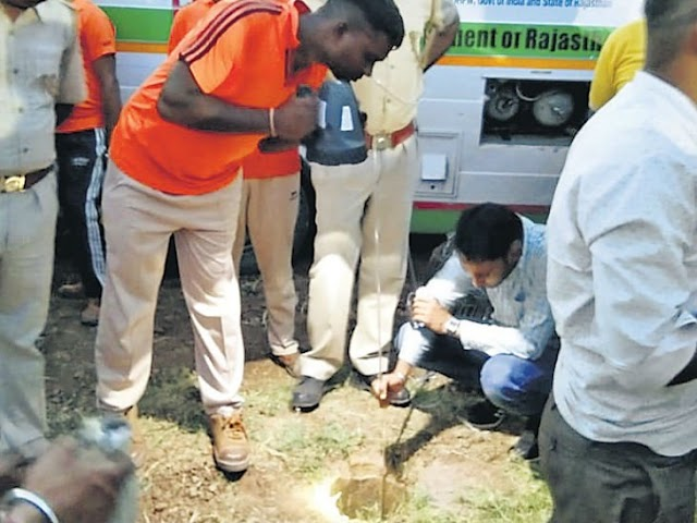 4-Year old fallen in 130 feet borewell, died