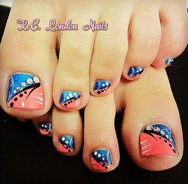 Black Nail Art For Toes