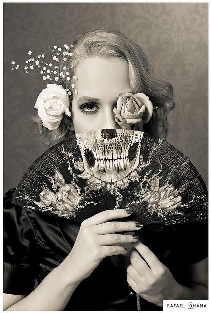 skeleton fan
