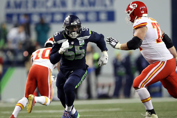 d61b54f7bf5 Google News - Chiefs announce trade, signing of DE Clark - Overview