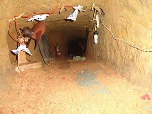 Construção era larga, e contava com iluminação e ventilador (Foto: Seres/Divulgação)