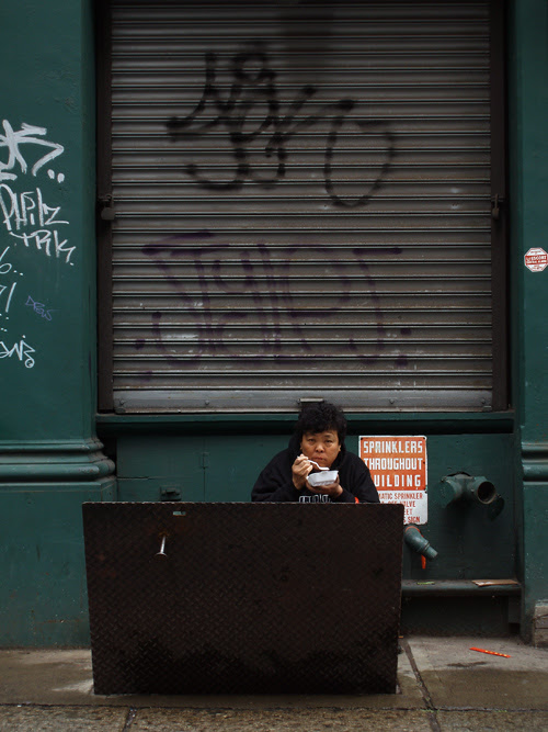 person eating, TriBeCa, Manhattan, NYC