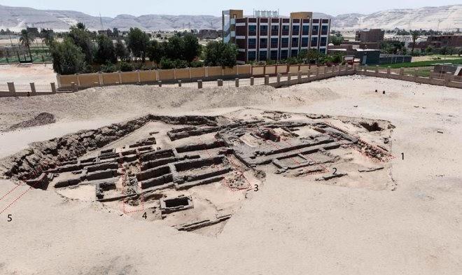 В Египте нашли древнейшую в мире промышленную пивоварню