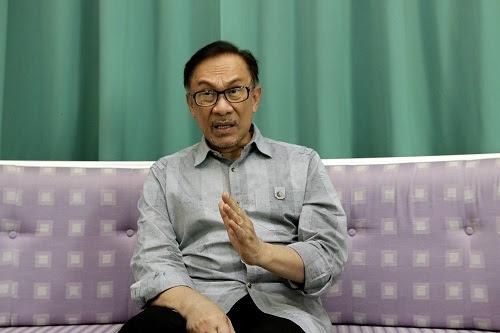 Anwar bidas pihak sengaja putar belit makna liberal