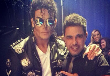 Zezé di Camargo posa com cover de Michael Jackson - Reprodução/Instagram