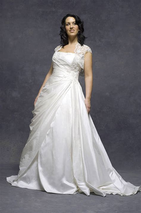 How to preserve wedding dress   Find the best dress