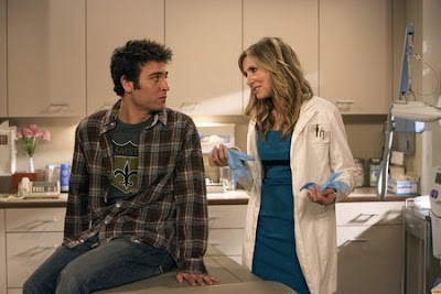How I Met Your Mother - Josh Radner as Ted Mosby and Sarah Chalke as Stella