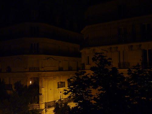 Night on rue Ordener