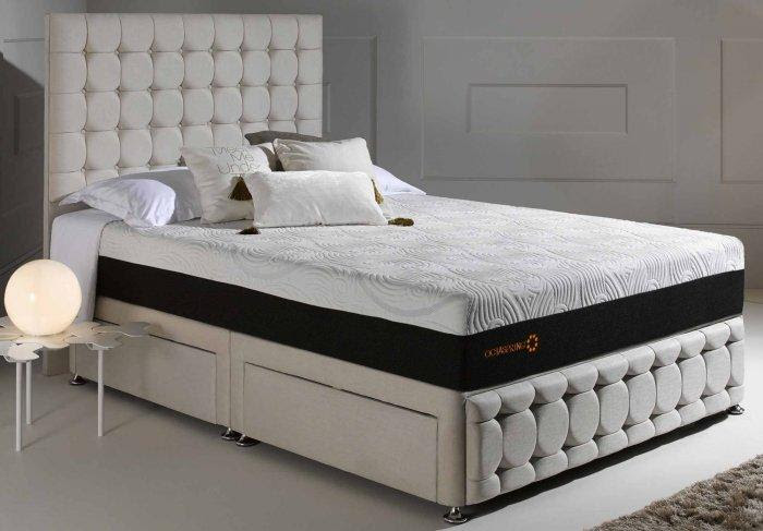 Soft queen size bed - with modern design   Founterior