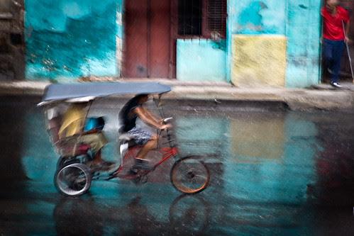 La bicicleta por Juan R. Velasco