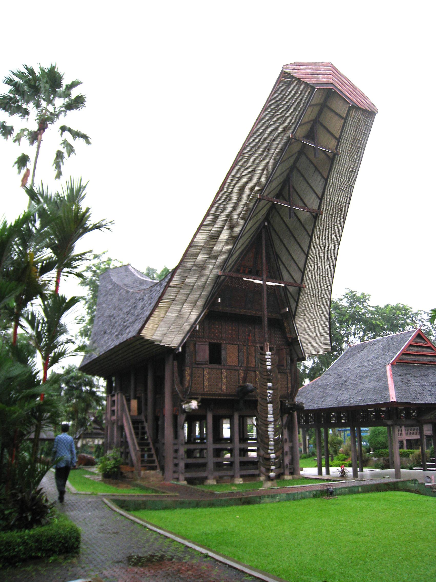 Gambar Mewarnai Rumah Adat Sulawesi Selatan Pewarna Q